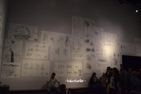 Ruangan penuh gambar teknik
