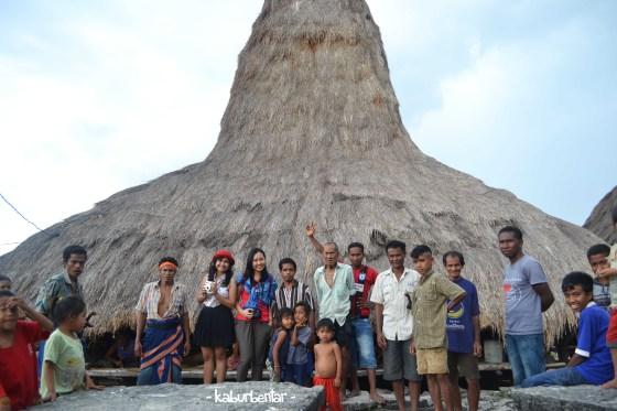 Sesi foto bersama di Bondo Kapumbu!