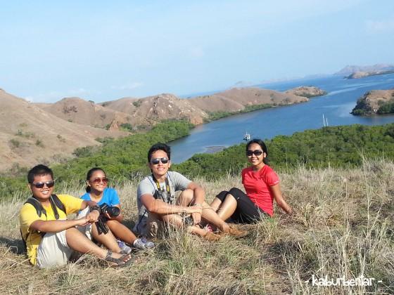 Leyeh-leyeh sejenak di Pulau Rinca