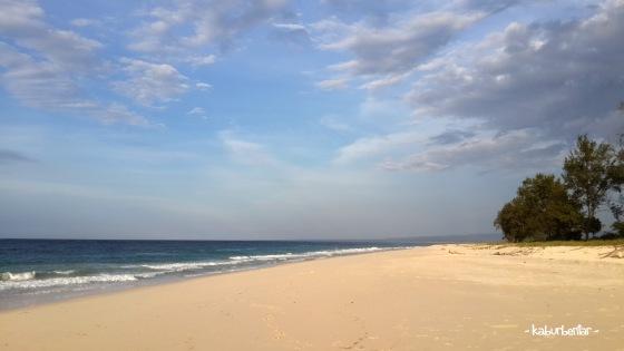 Pantai Mananga Aba